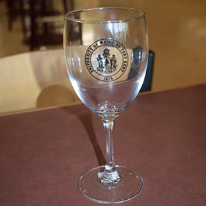 UMFK Wine Glass With Stem